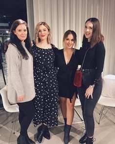 Had a lovely time at the Topshop event last night meeting and talking to @icovetthee and @hellooctober - I now have a @topshop Wishlist as long as my arms 🙈