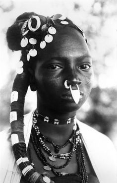 Africa | Djerma woman.  Niger | ©unknown. Prior to 1940