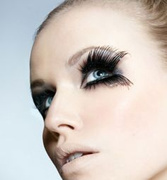 c3a2b860ce6 Book your next lash appointment at www.lookbooker.com.sg today and get
