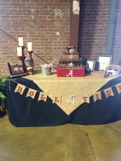 Grooms Alabama table. Nicole did a great job on Matthews grooms table.