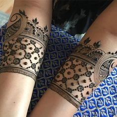 Starting on Hena's (cute pattern henna) Mehandhi Designs, Best Mehndi Designs, Mehndi Tattoo, Henna Mehndi, Henna Art, Mehendi, Mehndi Design Pictures, Mehndi Images, Henna Doodle