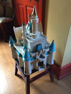 DISNEY PRINCESS CINDERELLA CASTLE Dollhouse Play Set