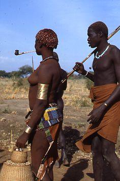 Dinka in marcia  Fotogallery di Mario Paluan, Sudan – Sudan del Sud