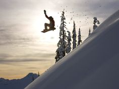 Snowboarding | Snowboarding wallpapers, photo, images, picture (Snowboarder jumps off ...
