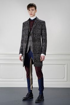 the color block joggers looks slightly clownish, but the tweed is stunning | Viktor & Rolf - Fall 2015 Menswear - Look 1 of 24