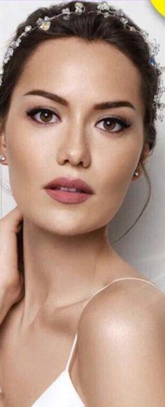 Vogue Supplement Magazine (May Beauty Makeup, Hair Makeup, Hair Beauty, Most Beautiful Women, Amazing Women, Turkish Beauty, L'oréal Paris, Beauty Essentials, Bridal Make Up