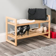 Shoe Rack Under Bed, Small Shoe Rack, Best Shoe Rack, Diy Shoe Rack, Bamboo Shoe Rack, Wooden Shoe Racks, Organize Fabric, Diy Pallet Projects, Houses