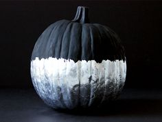 How to Make a No-Carve Chalkboard and Silver Leaf Pumpkin >> http://blog.diynetwork.com/maderemade/how-to/no-carve-chalkboard-silver-leaf-pumpkin/?soc=pinterest