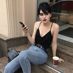 Best Jeans For Women Womens Elastic Waist Jeans Hair inspiration – Hair Models-Hair Styles Mode Outfits, Casual Outfits, Fashion Outfits, Fashion Tips, Womens Fashion, Fashion Trends, Fashion Ideas, 50s Outfits, Fresh Outfits