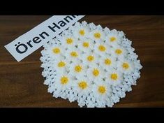 Kolay Papatya Lif Yapılışı ( Örgü Dantel Oya El işi ) - YouTube Crochet Doilies, Crochet Flowers, Knit Crochet, Crochet Hats, Body Scrubber, Crochet Videos, Ravelry, Tatting, Diy And Crafts