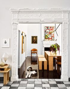 Eclectic Dining Room in Los Angeles, CA by Hancock Design - West Hollywood Best Interior Design, Home Interior, Los Angeles Homes, White Rooms, White Walls, Architectural Digest, Interior Inspiration, Luxury Homes, Home And Family