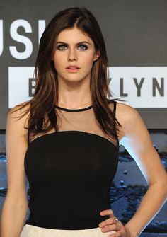 Pictures of Alexandra Daddario, Picture Alexandra Anna Daddario (born March is an American actress and model best known for playing Annabeth Chase in the Percy Jackson film series and Blake in San Andreas. Alexandra Anna Daddario, Alexandra Daddario True Detective, Beautiful Eyes, Beautiful Women, Beautiful People, Simply Beautiful, Woman Crush, Beautiful Celebrities, Hollywood Actresses