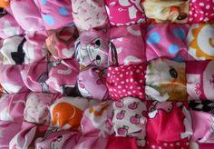 Pikku Akan Tilkkuvakka: Tilkkupeitto pienistä tyynyistä