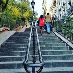 Quand il fait beau à #montmartre  #paris #igersparis #picoftheday #photooftheday #sunny #autumn #sunday #chill #love #cool