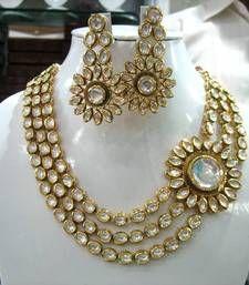 Buy Designer Set No. 025 necklace-set online
