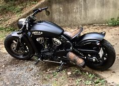Super cool Indian scout with one of our antique brown alligator tractor seat mounting kit and a matching swingarm bag.