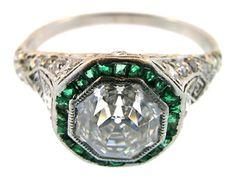 Gorgeous #Vintage Art Deco Diamond and Emerald Wedding Ring <3