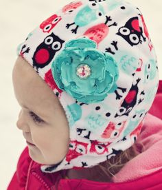 #Minky Baby Chin Strap Hat- free pattern and video tutorial by @Fleece Fun