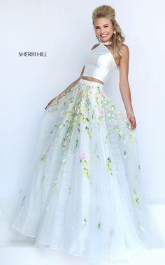 Sherri Hill 50196. Sherri Hill. Sherri Hill designs. Sherri Hill prom. Sherri Hill prom dress 2017. 2017 prom dress. prom dress shopping. get prom fit. prom 2017.