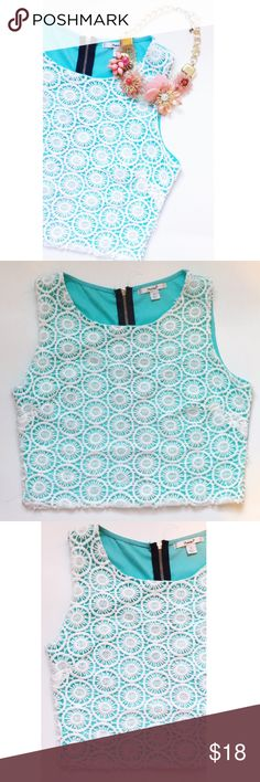 Teal Crotchet Crop Top  Teal top with white crotchet, there is a small stain in the back of the shirt by the zipper as shown in the 4th pic Papaya Tops Crop Tops
