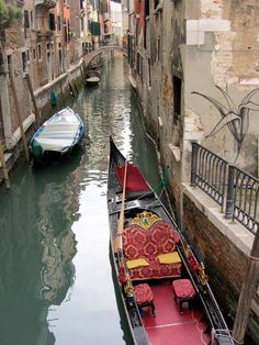 Venise - Italie. i want to ride in one of these
