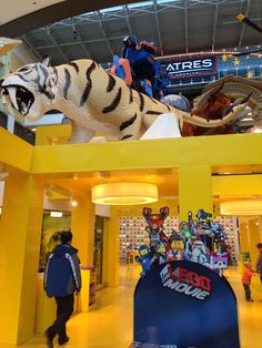 Mall of America. Lego store