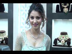 Urvashi Rautela Looks GORGEOUS At Jewellery Exhibation Glamour 2016.