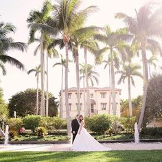 Dreaming of tying the knot in a palm tree paradise like this one in Florida? Whatever your style #venueconcierge will connect you to your dream venue  #theknot  via @sunglowphoto