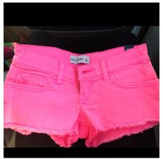 Pink Abercrombie shorts<3 I have a pair exactly like these, they are awesome!! :-)
