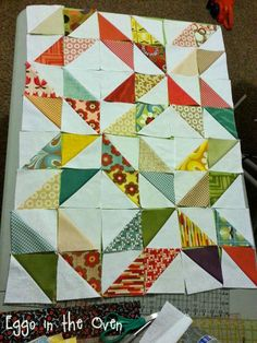 Sew & Tell: half square {TriANgLeS} - HSTs - half square triangles - quilting #projectquilting
