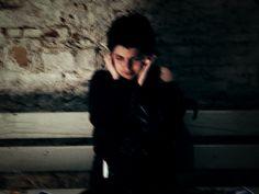 #25 ci sono persone di una luce vitale, che fa bene agli occhi guardare ©sandrobini, claudeonthephone www.sandrobini.it