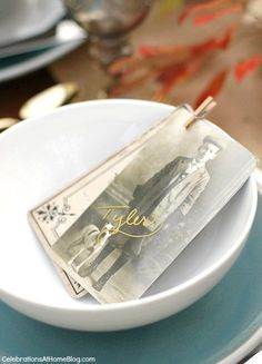 Make these vintage style place cards for your family holiday table, with easy directions here. #DiamondCrystalSalt