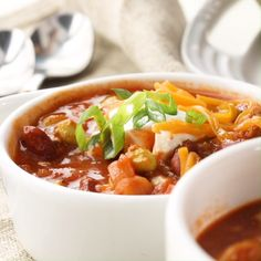 This chili recipe is inspired by the Panera® turkey chili you know and love. This perfect fall recipe is ready to serve in under an hour. Bhg Recipes, Quick Dinner Recipes, Chili Recipes, Cooking Recipes, Healthy Recipes, Turkey Chilli, Chili Soup, Xmas, Kitchens
