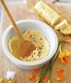Mantequilla saborizada (hierbas y flores)