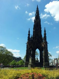 The Scott Monument on a beautiful spring morning.