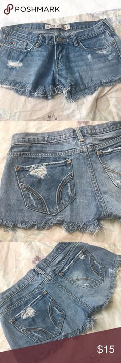 Hollister jean shorts Hollister jean shorts. Size 3. In really good condition Hollister Shorts Jean Shorts