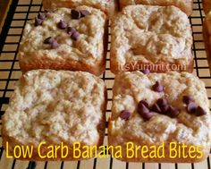 Low-Carb Banana Bread Bites from ItsYummi.com #Low-Carb #Healthy #Recipe