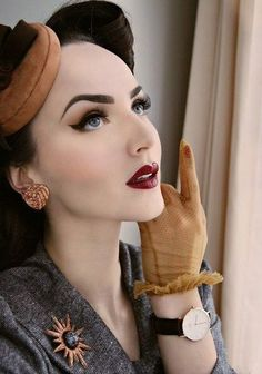 Pin-Up Pretty - Retro Hair and Makeup Ideas That Will Transport You to Another Era - Photos