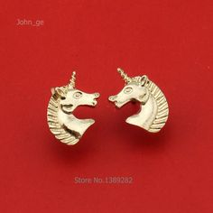 Unicorn head earrings stud design sold in 1 pair. Unicorn Shops stud earrings are available to buy in gold or silver color metal. These unicorn stud earrings are a great size and shape for your ears. Not only are these earrings in a unicorn design nice, but so are our others. Unicorn Shops has a massive selection of earrings as well as other unicorn stuff. This is why our website is the place where to find and buy unicorn jewelry and more.