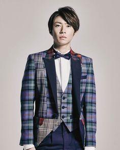 Listen to every Arashi track @ Iomoio Ninomiya Kazunari, Man Child, Idol, Suit Jacket, Blazer, Guys, Jackets, Aiba, Masaki