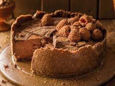 Malvalekkertert Yummy Treats, Delicious Desserts, Yummy Food, Guava Desserts, Kos, Baking Recipes, Dessert Recipes, Cheesecake Recipes, Fridge Cake