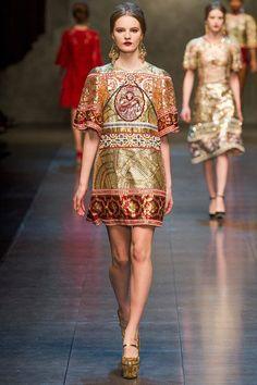 Dolce Gabbana winter 2014 fashion show