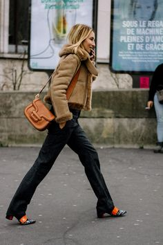 Street Style Paris Fashion Week Otono Invierno 2017 | Galería de fotos 52 de 110 | VOGUE