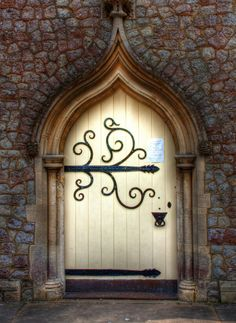 vmburkhardt: Chapel Door (by Lee Crosbie)