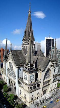 Vista de la Catedral de Manizales en el departamento de Caldas, Colombia.