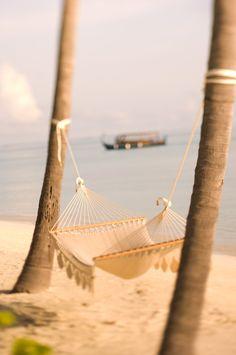 maldives beach relaxation