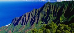 Kauai has scores of romantic places for picnics, photo-ops, or even I do's. Here are 10 of the most romantic places on Kauai. Big Island Hawaii, Go Hawaii, Hawaii Vacation, Vacation Spots, Hawaii Usa, Vacation Ideas, Hawaii Honeymoon, State Parks, Places To Travel
