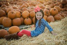 Pumpkin Patch Mini Session in New Braunfels, Texas | New Braunfels Children's Photographer