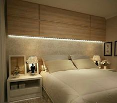 41 Enchanting Master Bedroom Storage Ideas - The first decision to make is the size of the bed. A small/medium sized room will look less cluttered with a queen-size bed. A king-size bed is apt fo. Gold Bedroom, Large Bedroom, Bedroom Sets, Bedroom Neutral, Mirror Bedroom, Bedroom Ceiling, Bedroom Wallpaper, Bedroom Windows, Bedroom Curtains