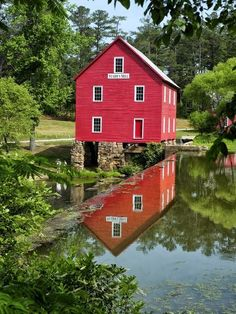 Starr's Mill in Fayetteville , GA Photo by James Hilliard Country Landscaping, Modern Landscaping, Outdoor Landscaping, 50 States Of Usa, United States, Old Grist Mill, Pictures Of America, Water Mill, Country Scenes